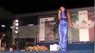 Miss Italia 2013 Finale Regionale Campania. canta Marika Cecere