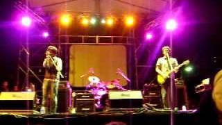 Telegrama - Prisionero (live @ Por El Medio De La Calle 2010)