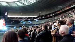 Muse Knights of Cydonia (fin) Stade de France 22 juin 2013 (tribune ballons) HD