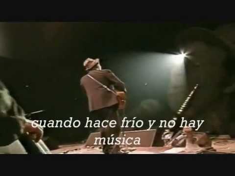 Hold On En Espanol de Tom Waits Letra y Video