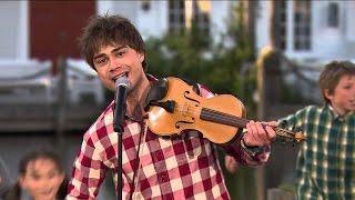 """Alexander Rybak - """"Blant Fjell"""" (from Sommer i Dyreparken, TV2)"""