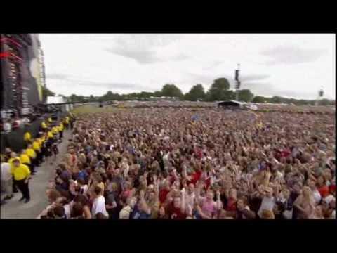 U2- Beautiful Day & Vertigo at Live 8 London Chords - Chordify