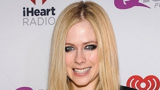 Avril Lavigne RESPONDS to Theory She DIED Years Ago