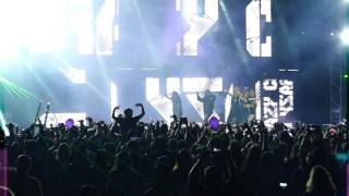 4 minute concert in argentina crazy