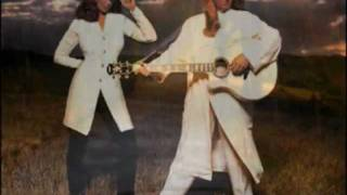 The Judds - Rockin With The Rhythm Of the Rain