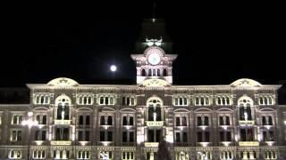 Luna piena in Piazza Grande