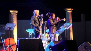 Michel Portal and Ambrose Akinmusire improvising at Jazz Festival Ramatuelle