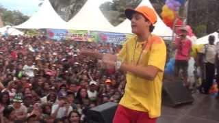 Yuri BH -Sirene da Escola-Ao Vivo em Itabira-MG-Show para 30 Mil Pessoas-Dia 12/10/13