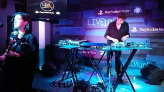 17-04.17 - LIVE105 Live Lounge: the xx - Hold On