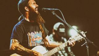 Cody Jinks - The Wrong Place