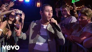 Nick Jonas - Close (Live From The MMVAs / 2016)