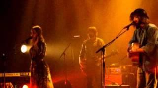 "Angus and julia Stone- ""big jet plane"" live @ MTL"