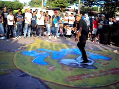 Escena Bboy Nicaragua- Eliminatorias Nica Killed The Beat 2011- Bboy-Larry Vs Bboy-Jrebron