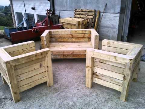 Come trasformare un vecchio letto in una poltrona fai da - Arredamento esterno bancali ...