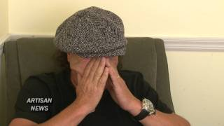 AC/DC SINGER BRIAN JOHNSON IN STORE FOR ROCKERS AND ROLLERS