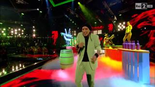 "The Voice IT | Serie 2 | Live 2 | Valerio Jovine canta ""Red red wine"""