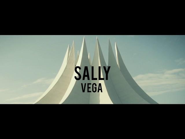 Videoclip oficial de la canción Sally de Vega