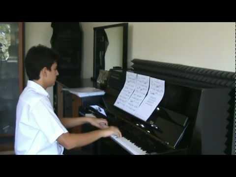 29 HASTANE ÖNÜNDE İNCİR AĞACI Önü Piyano Resitali Volkan Konak Yöre-Yozgat TRT Doktor