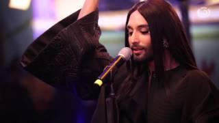 """Conchita """"Unstoppable"""" (live beim Ö3-Weihnachtswunder)"""