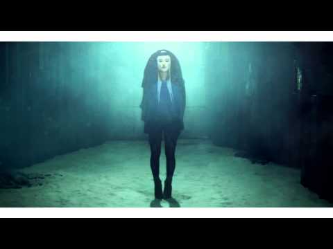 zola-jesus-vessel-official-video-souterraintv