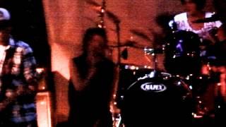 Dekadencia - Punk Rock Para Ellos - Vivo - El Sotano