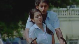 Gaythri's Father Seeing Arjun & Gayathri Romance - Ponmaalai Pozhudhu Tamil Movie Scenes width=