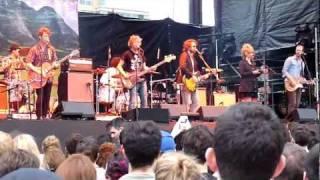 Broken Social Scene - Fire Eye'd Boy (live)