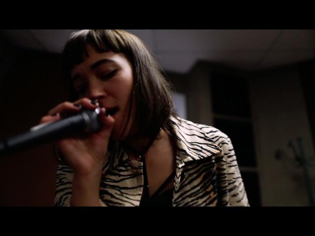Vídeo de la canción You Need Me de Bye Beneco
