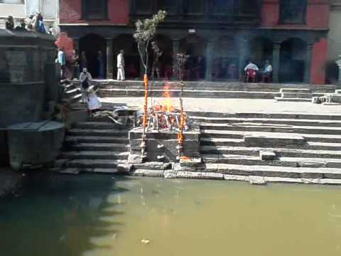 Cremation of Pashupatinath in Nepal 2