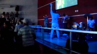 Ministério aoVivo. Dançar na Chuva (Fernandinho)