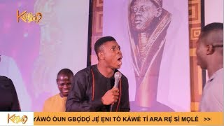 See how Dele frustrate Woli Agba on stage during an award presentation {Nigerian Entertainment}