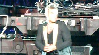 Robbie Williams / Take That - Eight Letters / TT front row - Sunderland 27/05/2011
