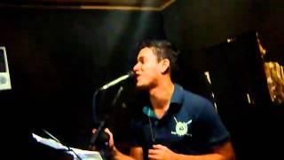 ROBERTINHO & MARIANO - Ensaio Música nova PIROU MINHA CABEÇA.MOV