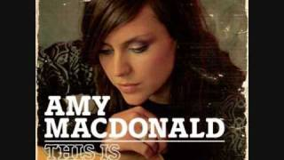 This is the Life - Amy MacDonald  (w/lyrics)
