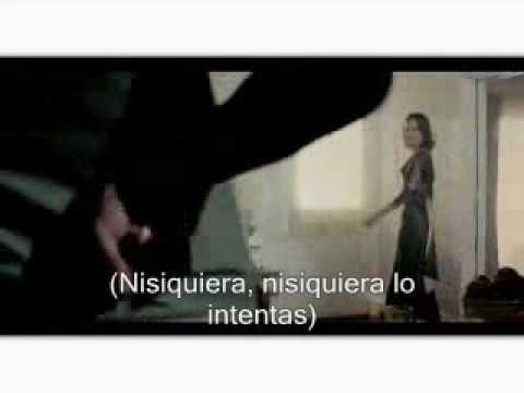 Love Bug En Espanol de The Jones Brothers Letra y Video