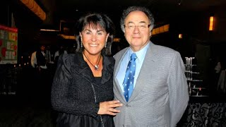 "Behind the ""suspicious"" deaths of Canadian billionaire couple"