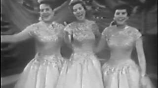 The Andrews Sisters Live - Bei Mir Bistu Shein & South America, Take It Away