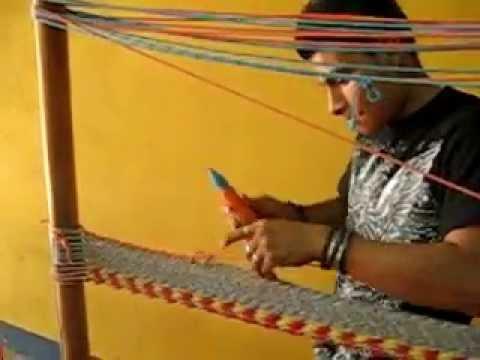 Masaya hammock maker weaves at incredible speed
