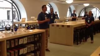 Apple ci spiega la Briefing Room per aziende, unica in Italia