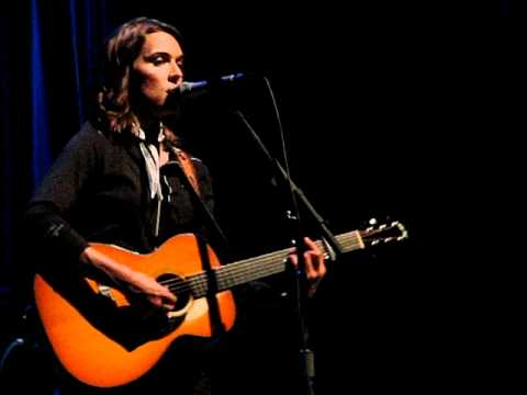 You Belong to Me covered by Brandi Carlile Chords - Chordify