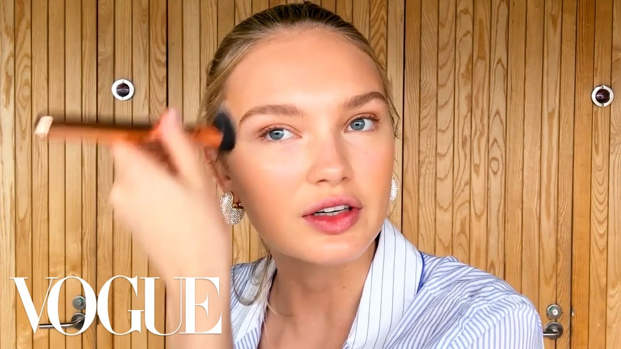 Romee Strijd's Guide to a Sun-Kissed Glow