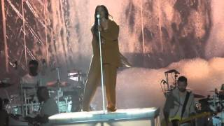 Kiss It Better- Rihanna Live @ The Mandalay Bay Event Center