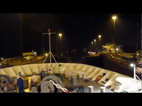 Crossing the Panama Canal on a Cruise Ship – Cruzando o Canal do Panama no Ocean Dream