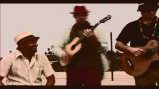 Putumayo Presents: Radio Latino - Los Pinguos