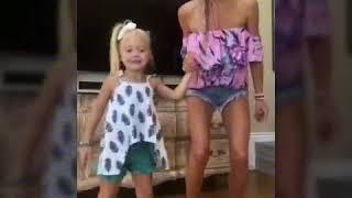 Tienen q ver a esta madre con su hija omg 😍              Savannah Soutas sus mejores musical.lys