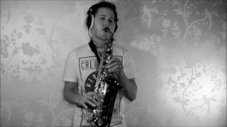Calum Scott - Dancing on my own - Saxophone Cover By TheSaxWalker