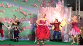 Barbie mariposa live