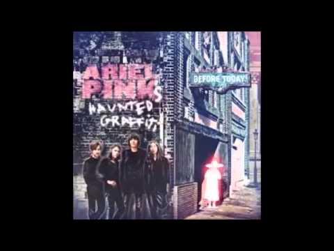 ariel-pinks-haunted-graffiti-little-wig-diego-wha