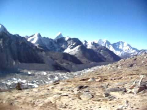 Mt Everest from climbing down Kala Phattar