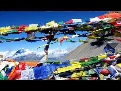 Max @ Thorong La Pass (Nepal)